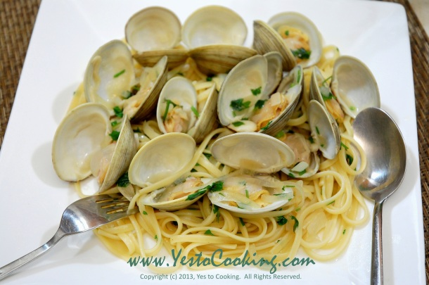 Linguine with Little Neck Clams in White Wine Sauce- Yes to Cooking