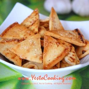 Parmesan Garlic PitaChips