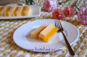 Layered Mango Jelly Dessert