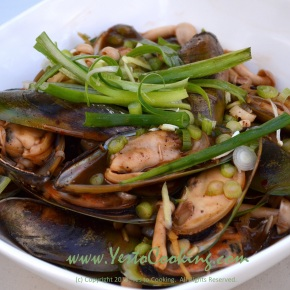 Mussels in Spicy Black Bean Sauce