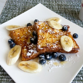 Classic Breakfast French Toast
