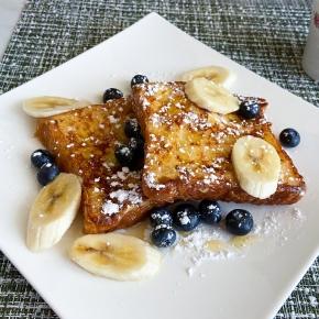 Classic Breakfast FrenchToast